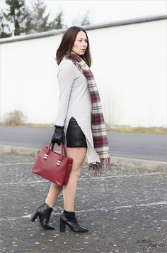 Beautiful Marsala  |  A Little Fashion  |  http://www.a-little-fashion.com/fashion/beautiful-marsala #fashion #inspiration #trend #fall #winter #summer #spring #pantone #frühjahr #sommer #herbst #style #outfit #ootd #filizity