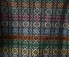 Hazel Tindall's use of a vertical pattern to offset the horizontal effect of Fair Isle coloration