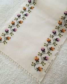 1 million+ Stunning Free Images to Use Anywhere Border Embroidery, Hand Work Embroidery, Hand Embroidery Designs, Cross Stitch Embroidery, Embroidery Patterns, Cross Stitch Horse, Cross Stitch Flowers, Cross Stitch Designs, Cross Stitch Patterns