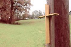 Modernes Kreuz aus #Massivholz  geeignet zur Wandmontage in hochwertiger Verarbeitung #Eiche  #Zirbe  #Nuss