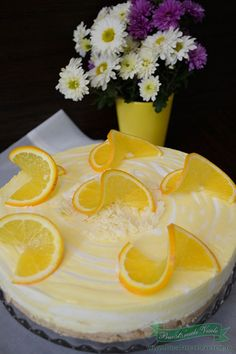 Cheesecake cu vanilie si portocale, reteta culinara. Reteta cheesecake. Reteta buna de cheesecake.Cheesecake cu crema de branza si fructe . Romanian Desserts, Romanian Food, Dessert Drinks, Sweet Cakes, Fun Cooking, Cacao, Cheesecakes, Delicious Desserts, Sweet Treats