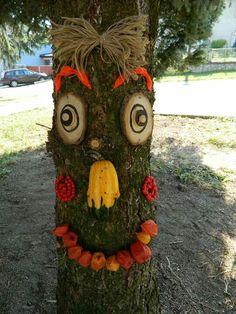strom Autumn Activities For Kids, Unique Gardens, Garden Ornaments, Land Art, Diy Projects To Try, Urban Art, Scare Crow, Fun Stuff, Kindergarten