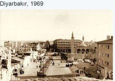 Urfakapıda henüz iki kapı açılmamış (1909 yılları)