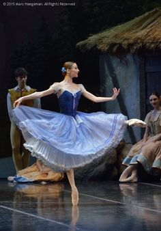 Svetlana Zakharova in Giselle at Teatro Alla Scala. Photo by Marc Haegeman. Gorgeous!!!