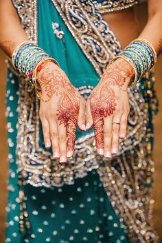 These Bridal mehndi tips are your cheat sheet to mehndi. Trust me! Forgot what the aunties tell you, that's old new. Find out what you need to know!  |Bridal Mehndi | Indian wedding Mehndi | Mehndi | Henna | Indian wedding planning |  Fusion wedding