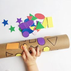 shape match with a recycled paper towel tube stickers marker awesome shape game for toddlers and preschoolers - PIPicStats Toddler Learning, Toddler Preschool, Toddler Crafts, Preschool Learning, Preschool Crafts, Crafts For Kids, Fun Crafts, Infant Activities, Preschool Activities