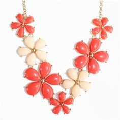 Red Pink Daisy Bauble Statement Necklace ($28) ❤ liked on Polyvore featuring jewelry, necklaces, bauble jewelry, pink necklace, floral necklace, bib statement necklace and pink jewelry