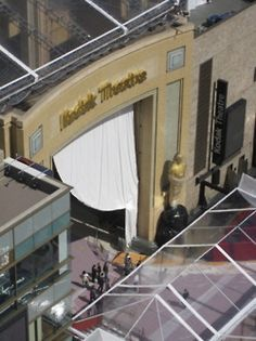 Academy Awards prep on Hollywood Blvd.