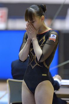 Rie Tanaka Photos - Rie Tanaka of Japan competes on the Floor during day one of the All Japan Artistic Gymnastics All Around Championships at Yoyogi National Gymnasium on April 2012 in Tokyo, Japan. - Rie Tanaka Photos - 56 of 99 Gymnastics Images, Gymnastics Posters, Sport Gymnastics, Artistic Gymnastics, Acrobatic Gymnastics, Rhythmic Gymnastics Leotards, Ballet Leotards For Girls, Beautiful Athletes, Cute Japanese Girl