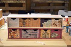 Talleres de mayo   Hacer bricolaje es facilisimo.com Decoracion Low Cost, Vintage Wood, Decoupage, Decorative Boxes, New Homes, Diy, Storage, House, Furniture