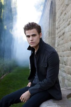 Vampire Diaries : Stefan Salvatore I MEAN GOOD LORD! He's freaking drop dead gorgeous... Edward, you had me, but this guy makes me turn into a big girl...