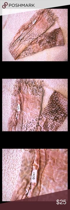 Blush color Animal print Cache brand scarf One size Blush color Animal print Cache brand scarf Cache Accessories Scarves & Wraps