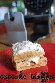 *Random Thoughts of a SUPERMOM!*: Cupcake Waffles