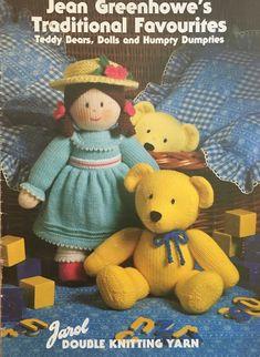 Sirdar Knitting Patterns, Knitting Yarn, Baby Knitting, Jean Greenhowe, Doll Toys, Dolls, Bear Doll, Simplicity Sewing Patterns, Livres