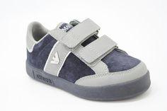 Lage klittenbandschoen, blauw suede met grijs leer van het merk Armani.