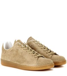 Isabel Marant - Étoile Bart leather sneakers - The retro sneaker is having a serious moment and we love Isabel Marant, Étoile's edgy update to the 'Bart'. The classic style in taupe suede features a tonal tab at the back, stamped with the brand's logo. Sport these with cropped denim or easy day dresses. seen @ www.mytheresa.com