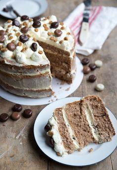 Sinterklaas cake - Whipped cream cake - Easy Sinterklaas cake, spice nut cake, gingerbread cake, whipped cream gingerbread cake with spice - Dutch Recipes, Sweet Recipes, Cooking Recipes, Whipped Cream Cakes, Spiced Nuts, Gingerbread Cake, Mini Cheesecakes, Cupcake Cookies, Cupcakes