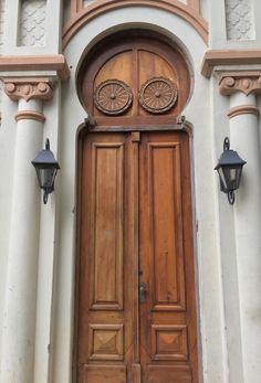 Puerta antigua de Asunción-Paraguay