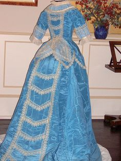 When I think Prez ball I think ball gown wish we could wear something cool like this