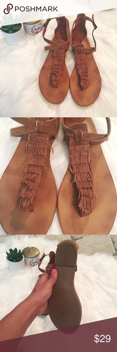 Lucky Brand brown fringe sandals, size 6.5 These brown fringe sandals from Lucky have been worn twice, so they are in almost perfect condition. So cute and easy to wear! Size 6.5. Lucky Brand Shoes Sandals