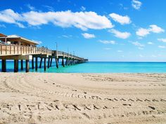 DANIA BEACH PIER -  by Aaron Whitaker (Dania Beach, Florida)
