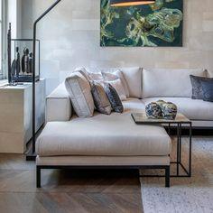 Living Room White, New Living Room, Living Room Decor, Living Room Sofa Design, Living Room Designs, Sofa Set Designs, Contemporary Interior Design, Dream Home Design, House Rooms