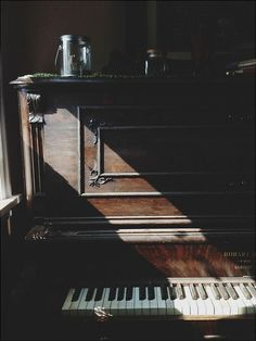 I want to learn to play the piano; specifically to play my favorite composer, Joep Beving.