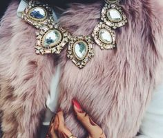 fur vest with statement necklace with hijab, How to wear statement necklace with hijab http://www.justtrendygirls.com/how-to-wear-statement-necklace-with-hijab/