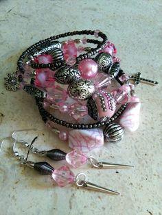 Silver Roze, Memory Wire Bracelet & Earrings
