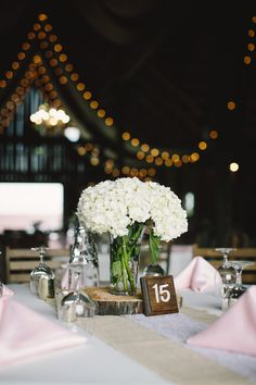 Barn table centerpie