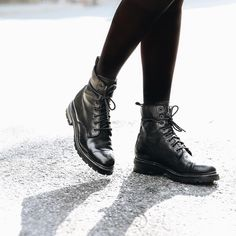 Frye Boots, Combat Boots, Winter Fashion Looks, The Frye Company, Girly Things, Girly Stuff, Goodyear Welt, Italian Leather, Me Too Shoes