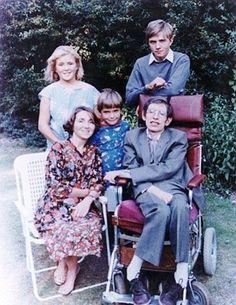 ستيفن هوكينغ وعائلته