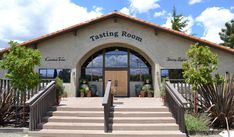 Crooked Vine Tasting Room in Livermore, ca