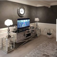 "Repost from @hanas_home on Instagram: ""Wishing everyone a lovely friday evening❤❤#livingroom #livingrooms #livingroominspo #classyhomes…""❤❤#livingroom #livingrooms #livingroominspo #classyhomes #classyinterior #thestyleluxe #interior4all #interior4you1 #interior #interiør #interiordesign #interiors #decor #decorating #interior4all #lovelyinterior #inspire_me_home_decor_ #vakrehjem #classicliving #interior123 #homedesign #homedecor #homestyle #homedeco #interiorstylist #interiorstyling…"