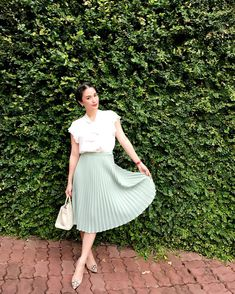Skirt Outfits Modest Teens New Ideas Rock Outfits Modest Teens Neue Ideen Trendy Outfits For Teens, Classy Outfits, Chic Outfits, Heart Evangelista Style, Filipino Fashion, Skirt Outfits Modest, Edgy Style, Rock Outfits, Elegant Outfit