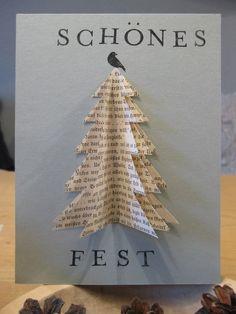 DIY - Weihnachtskarte. Verwendetes Material: ein Stück grauer Fotokarton, 3 Seiten aus einem alten Buch, Schere, Kleber, ...