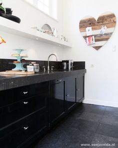 zwarte keukenl