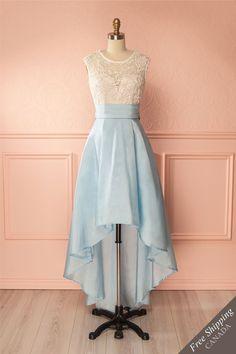 Powder blue A-line dress with pockets - Robe ligne A bleu poudre avec poches