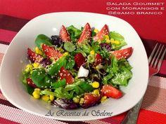 Receita Prato Principal : Salada gourmet com morangos e sementes de sésamo branco de Selene Receitas
