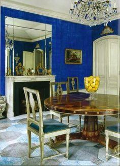 Lovely blue dining room via @HadleyCourt