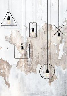 As luminárias podem mudar a decoração de um ambiente. Disponíveis nos mais variados tamanhos e modelos, elas viram objeto de desejo de muita gente. Além de decorar, deixa o ambiente mais divertido e personalizado. Por isso, o ZAP em Casa em parceria com o Pinterest fez uma seleção com luminárias inusitadas para você se inspirar.