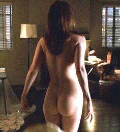 Noelle Easton butt naked