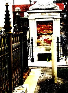 St. Louis Cemetery No.2 NOLA 2009