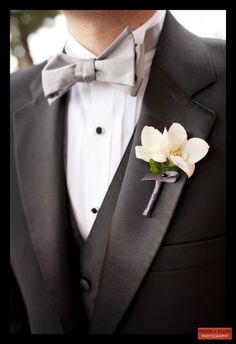 Boston Wedding Photography, Boston Event Photography, Winston Flowers, Wedding Flowers, White Boutonniere, Groom Boutonniere