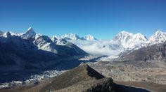 [OC] View from the peak of Kalla Patthar Nepal [2340x4160]