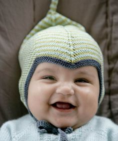 Knitted baby and child hat - Knitting, Crochet Love Knitting Blogs, Knitting For Kids, Knitting Projects, Crochet Baby Hats, Knitted Hats, Baby Barn, Knitting Machine Patterns, Baby Kind, Kids Hats