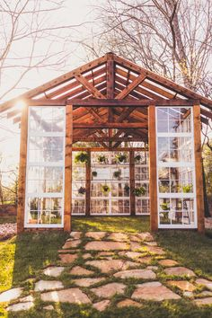 Vaughan House Greenhouse | Located in Virginia