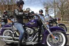 "Hard Candy Custom™ | Bike Metal Flake Paint | Harley-Davidson® | Harley-Davidson USA.. NOW WERE TALKING.. Bad~A$$ Paint..""PURPLE Metal Flake"" i'g change out the Bars ..."