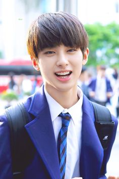 kim yohan (on going) - Dua : Payung Kim Min Gyu, Won Woo, Kpop Couples, Jellyfish Entertainment, Produce 101, Actor Model, Mingyu, Youngjae, Hot Boys