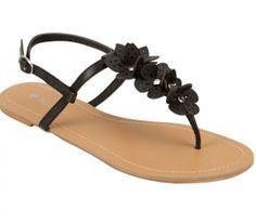 Cute black sandles for summer!